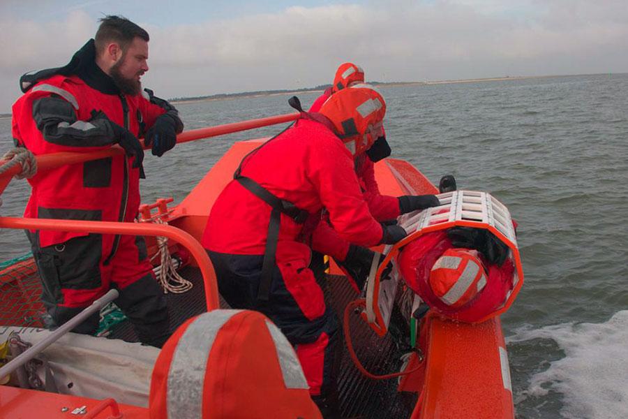 BRR – Suficiencia en el Manejo de Botes de Rescate Rápido